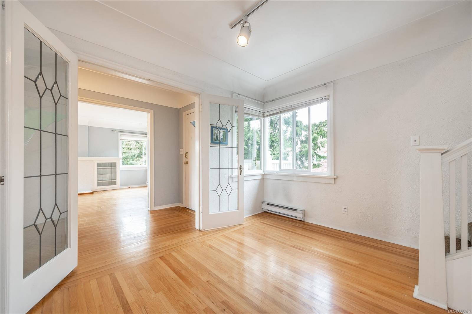 1212 Oxford St - Vi Fairfield East Half Duplex for sale, 4 Bedrooms (885072) #14