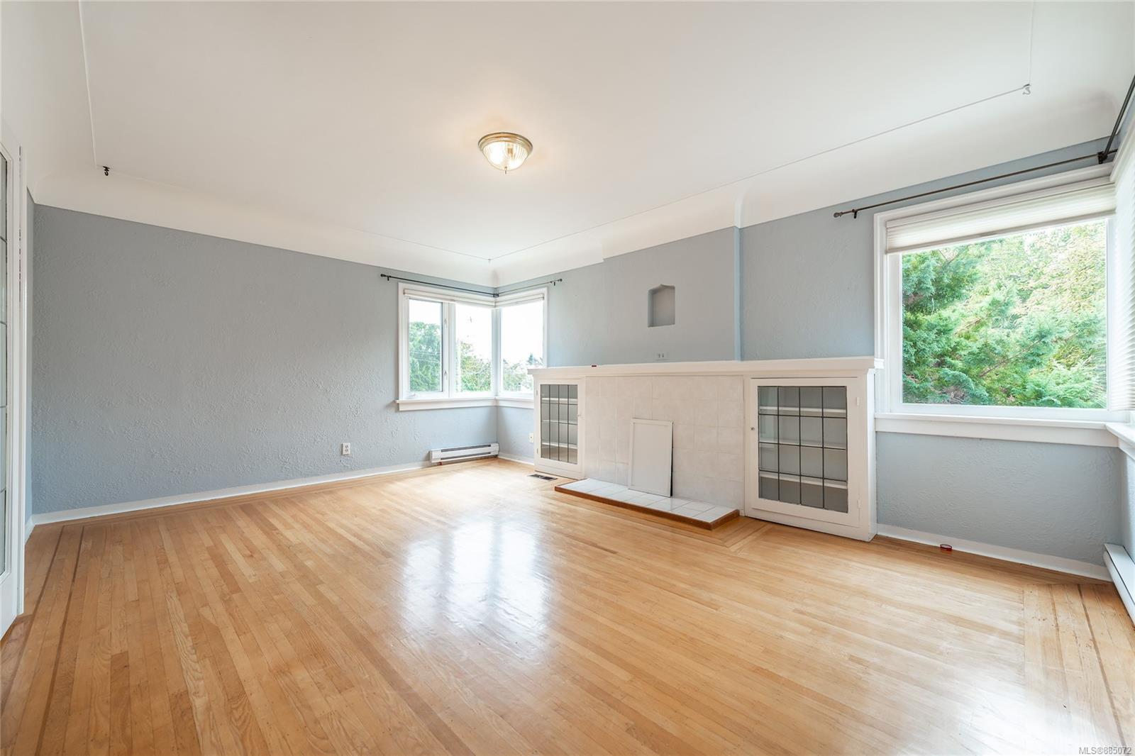 1212 Oxford St - Vi Fairfield East Half Duplex for sale, 4 Bedrooms (885072) #3