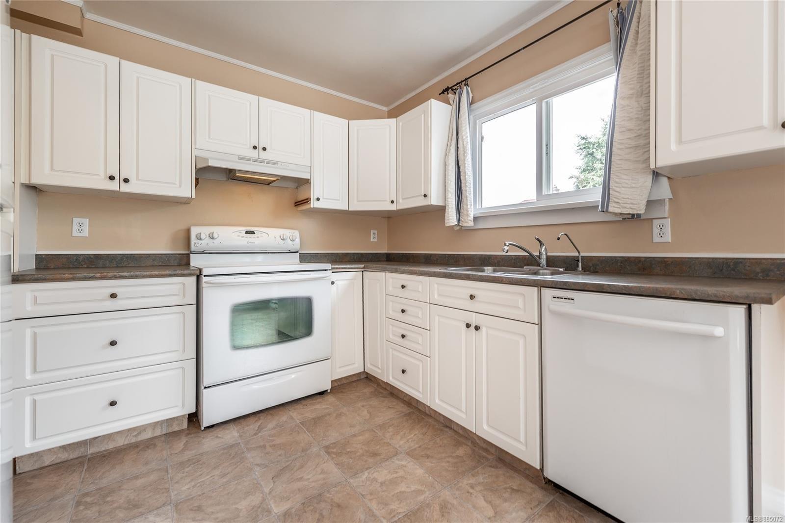 1212 Oxford St - Vi Fairfield East Half Duplex for sale, 4 Bedrooms (885072) #5