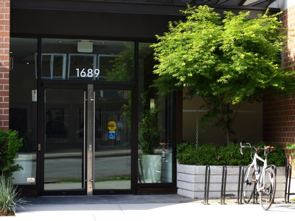203 - 1689 East 13th Avenue, Vancouver, BC - Grandview Woodland Apartment/Condo for sale, 1 Bedroom  #23