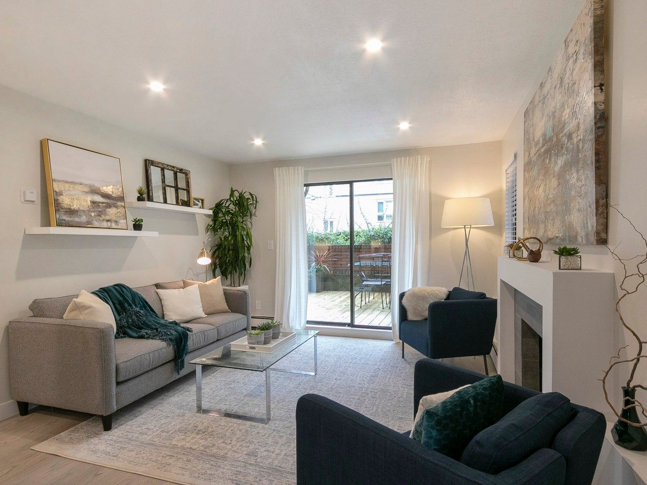101 - 215 North Templeton Drive - Hastings Apartment/Condo for sale, 2 Bedrooms (R2258392) #3