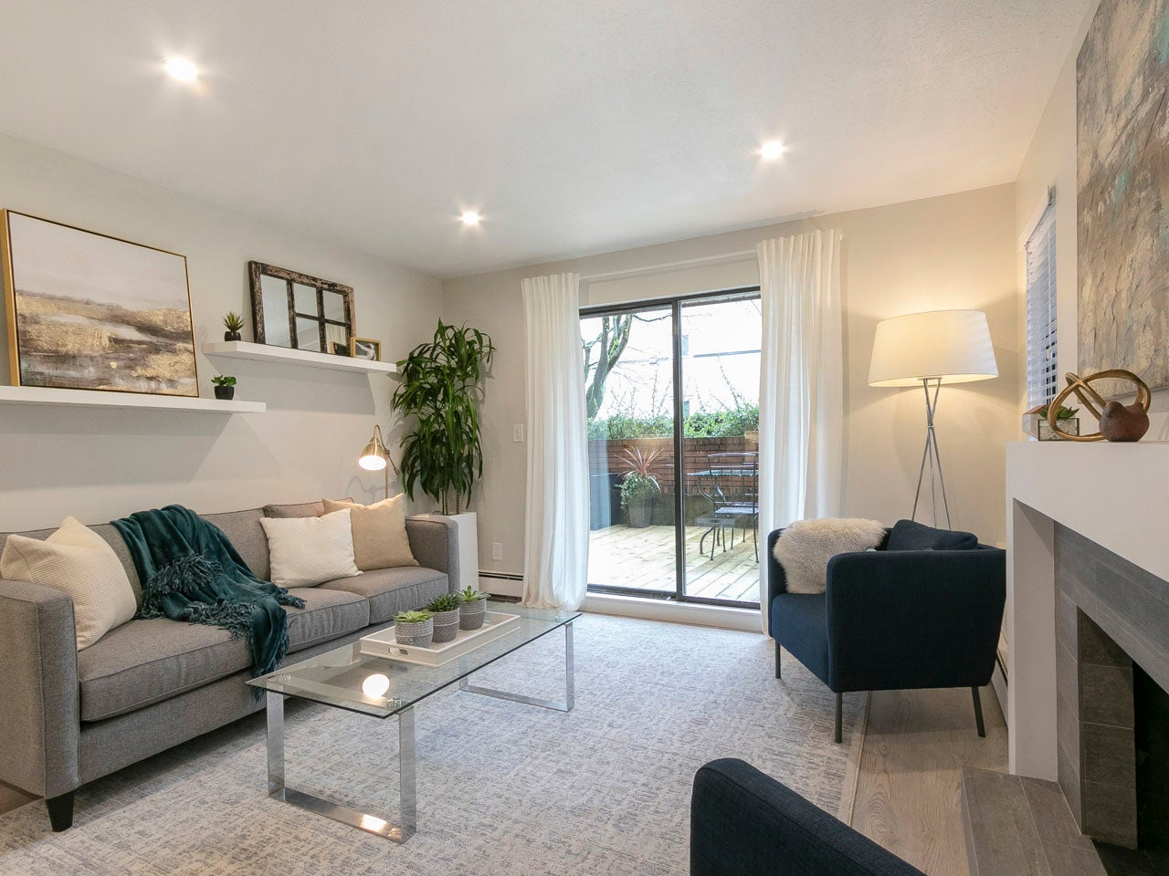 101 - 215 North Templeton Drive - Hastings Apartment/Condo for sale, 2 Bedrooms (R2258392) #4