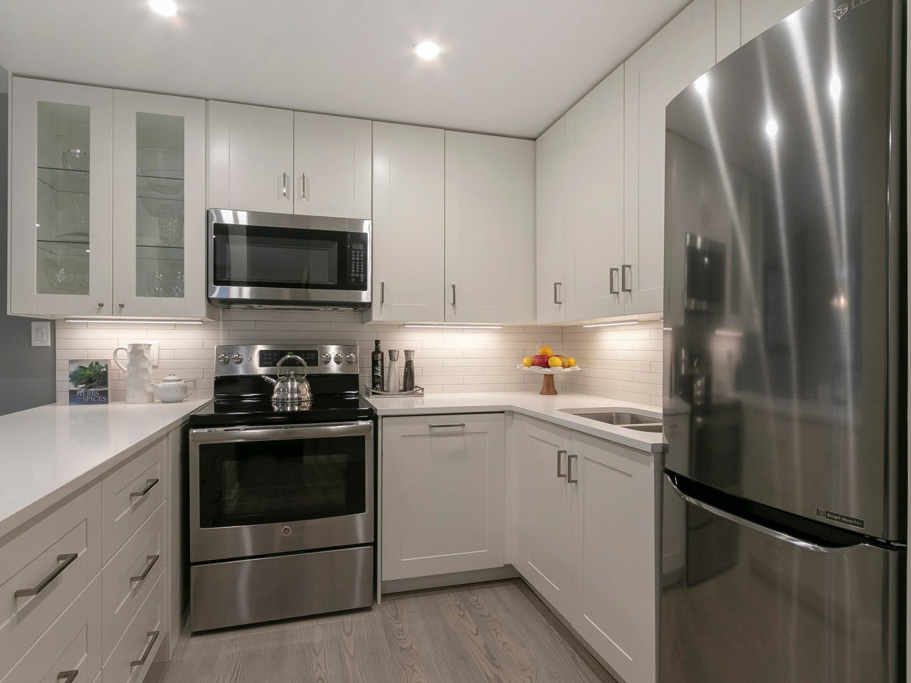 101 - 215 North Templeton Drive - Hastings Apartment/Condo for sale, 2 Bedrooms (R2258392) #17