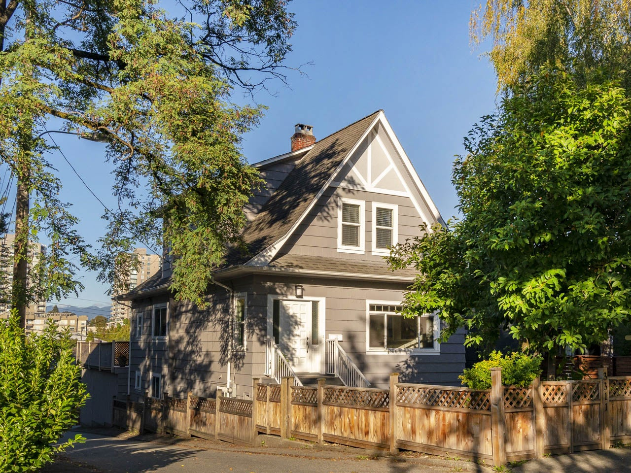 3311 Church Street - Collingwood VE House/Single Family for sale, 7 Bedrooms (R2257743) #1