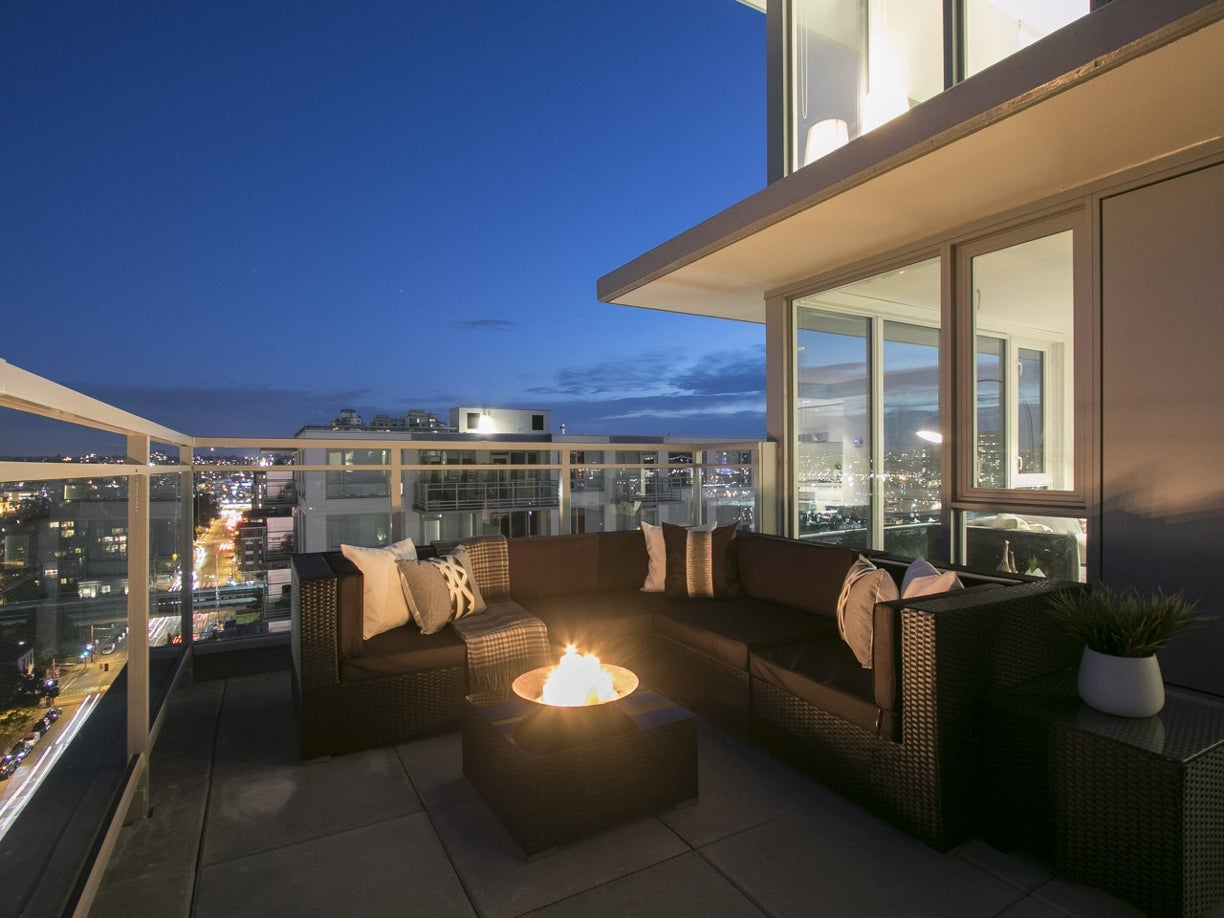 PENTHOUSE 8 - 188 Keefer Street - Mount Pleasant VE Apartment/Condo for sale, 2 Bedrooms  #6