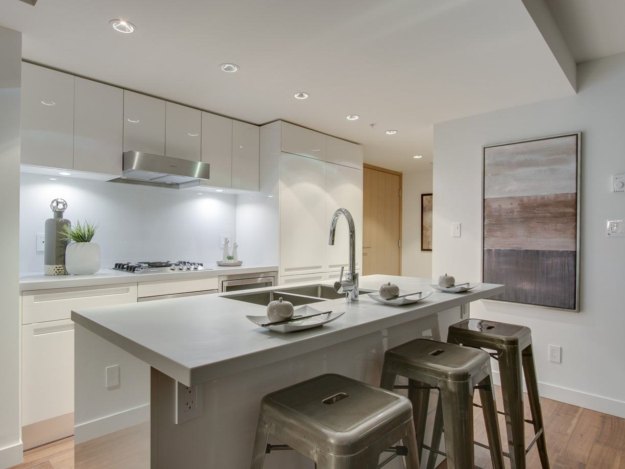 PENTHOUSE 8 - 188 Keefer Street - Mount Pleasant VE Apartment/Condo for sale, 2 Bedrooms  #17