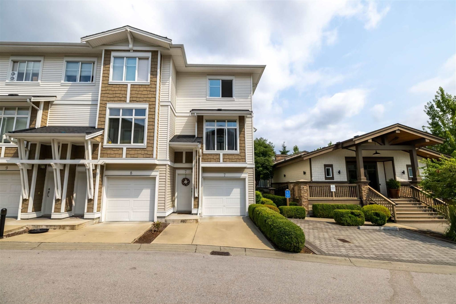 7 19433 68 AVENUE - Clayton Townhouse for sale, 2 Bedrooms (R2598954) #1