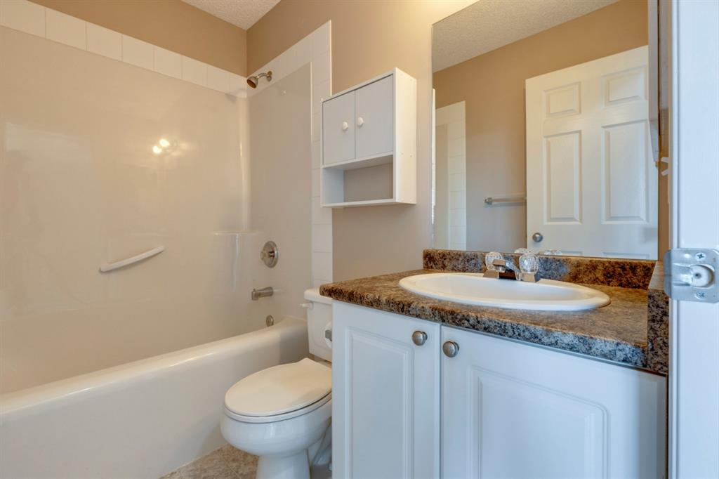 107 Crystal Shores Grove - Crystal Shores Detached for sale, 4 Bedrooms (A1152326) #26