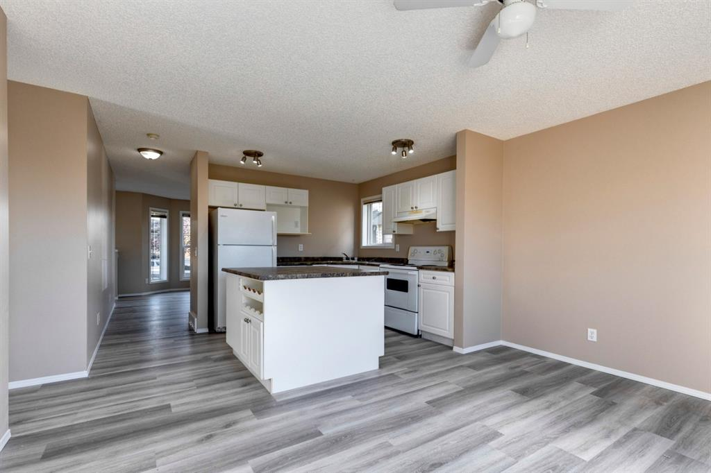 107 Crystal Shores Grove - Crystal Shores Detached for sale, 4 Bedrooms (A1152326) #5