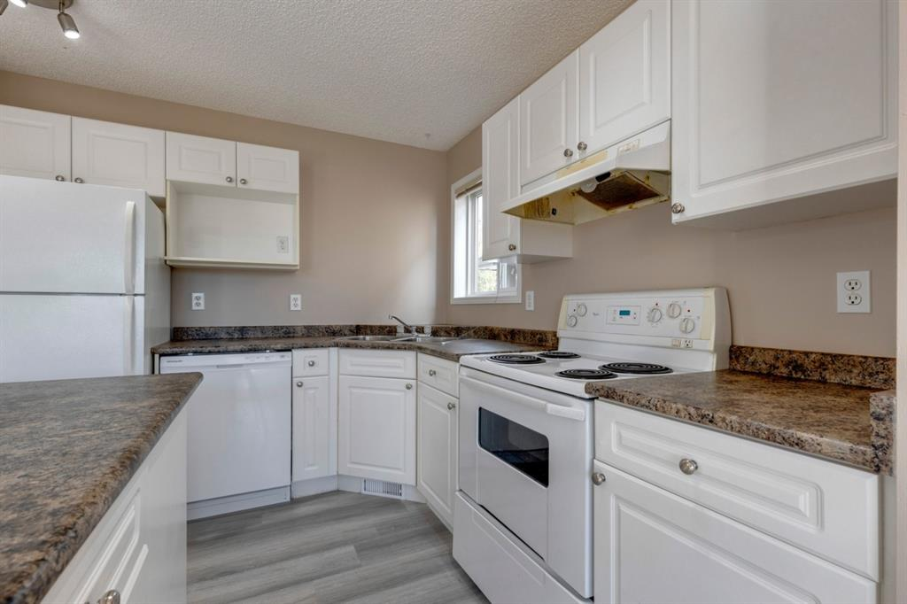 107 Crystal Shores Grove - Crystal Shores Detached for sale, 4 Bedrooms (A1152326) #7