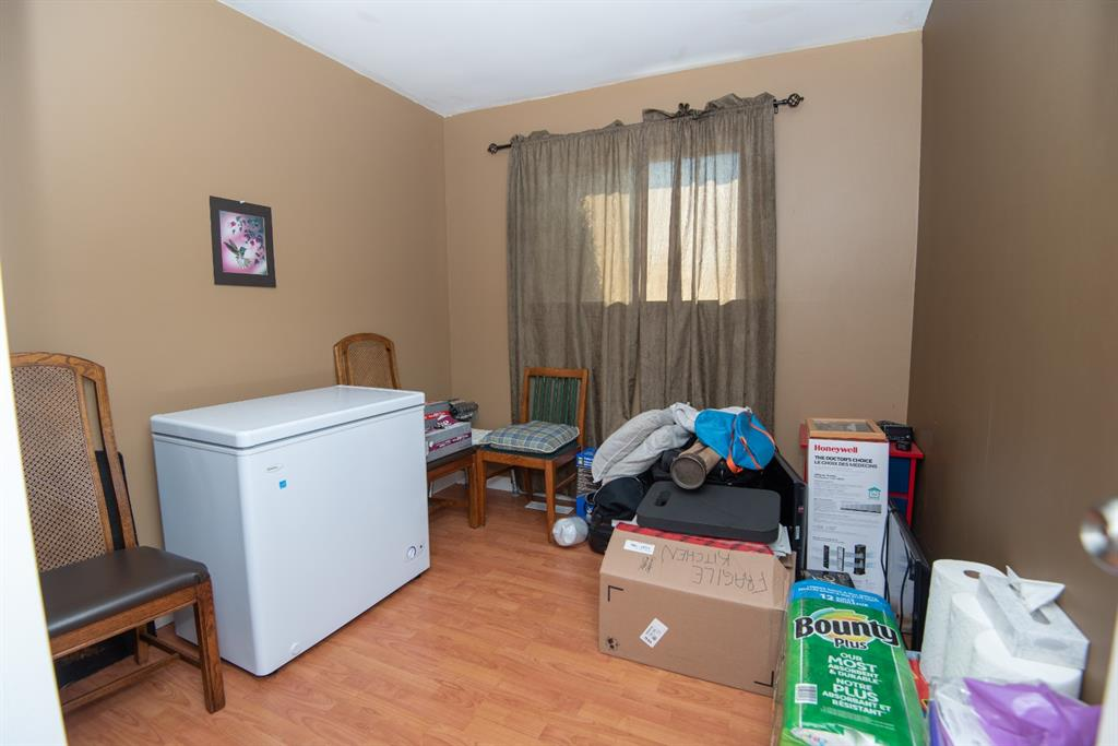3 Bedrooms on Main