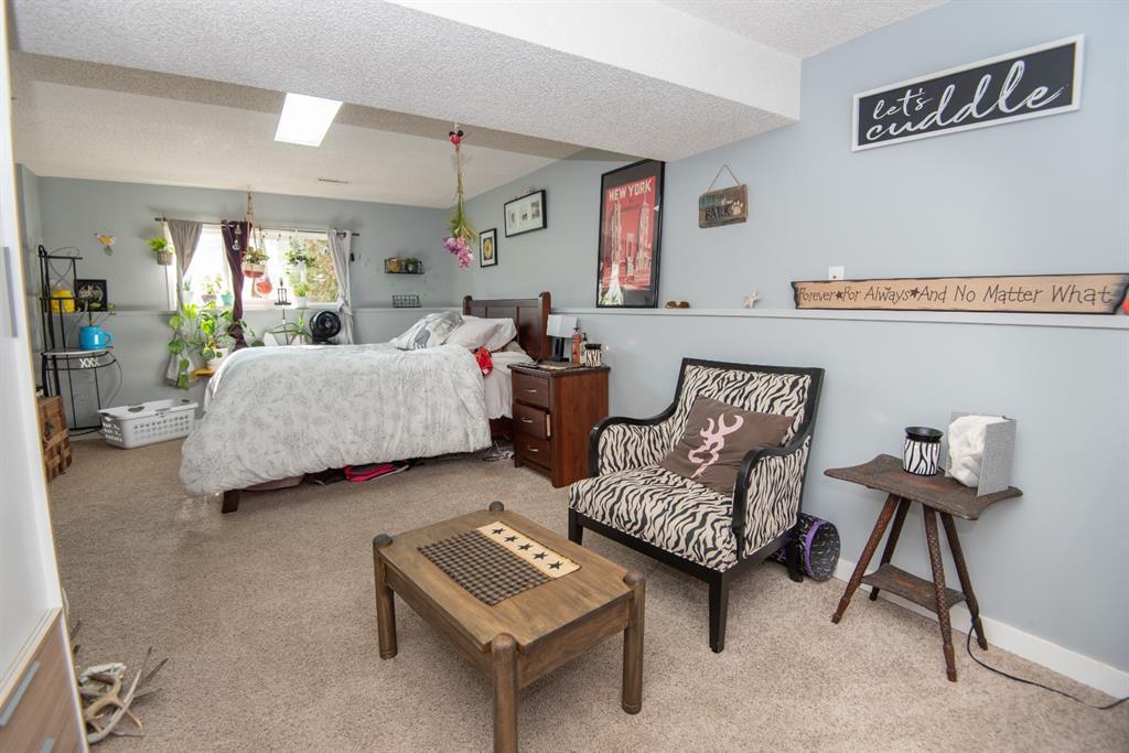 19 Dobler Avenue - Deer Park Village Detached for sale, 4 Bedrooms (A1128130) #14
