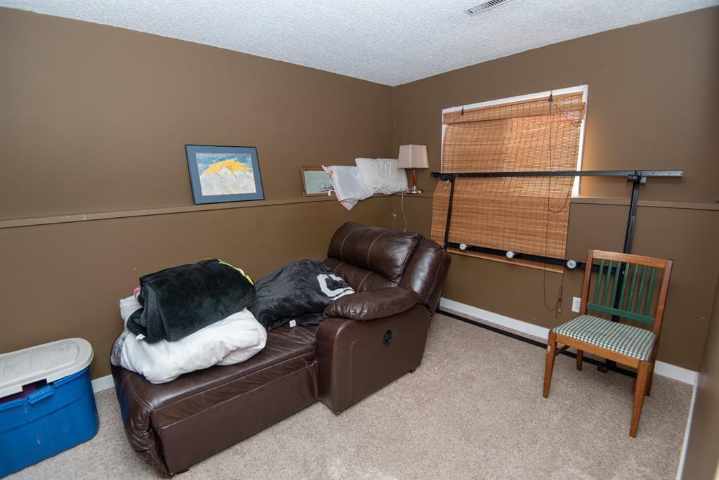 19 Dobler Avenue - Deer Park Village Detached for sale, 4 Bedrooms (A1128130) #16
