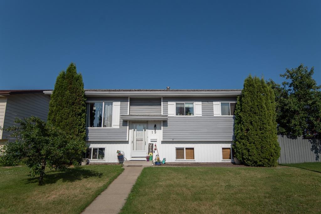 19 Dobler Avenue - Deer Park Village Detached for sale, 4 Bedrooms (A1128130) #1