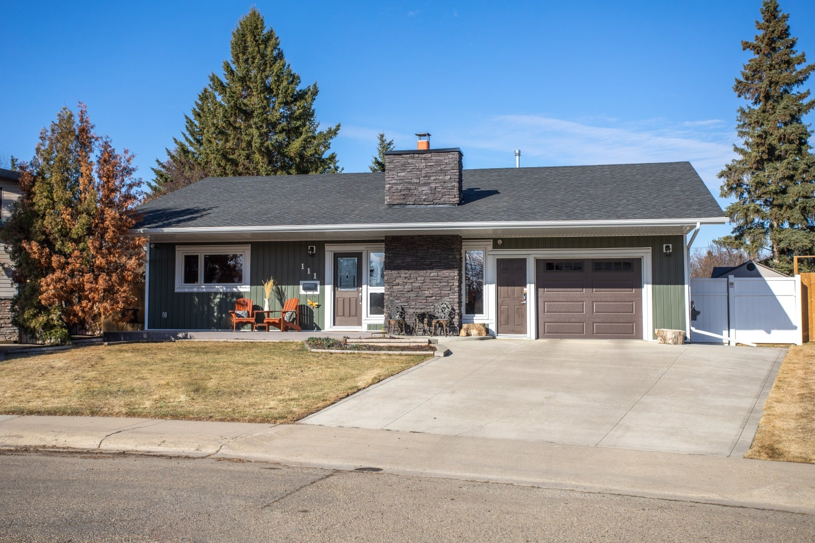 111 Anders Close, Red Deer, AB  T4R 1C2 - Anders Park Detached for sale(A1096894) #1