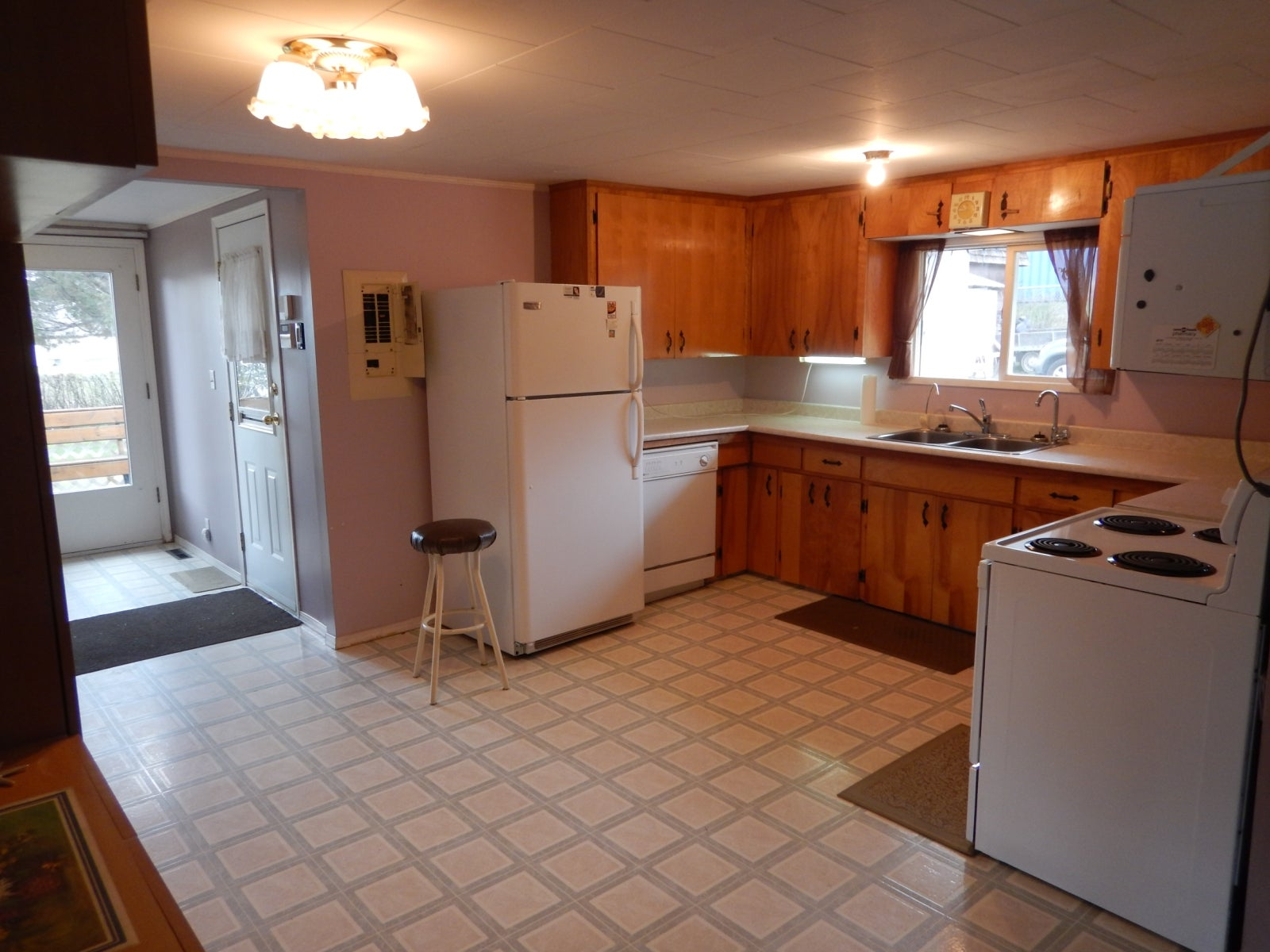 111 FALCON ROAD - Williams Lake House for sale, 3 Bedrooms (R2162861) #4