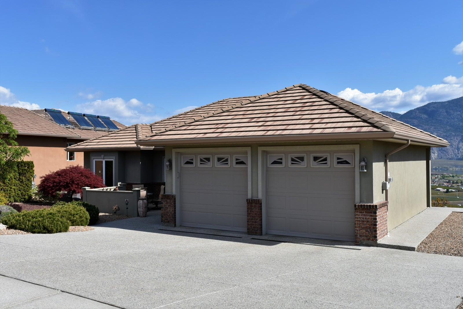 11715 Olympic View Drive - Osoyoos Single Family for sale, 4 Bedrooms (176846) #1
