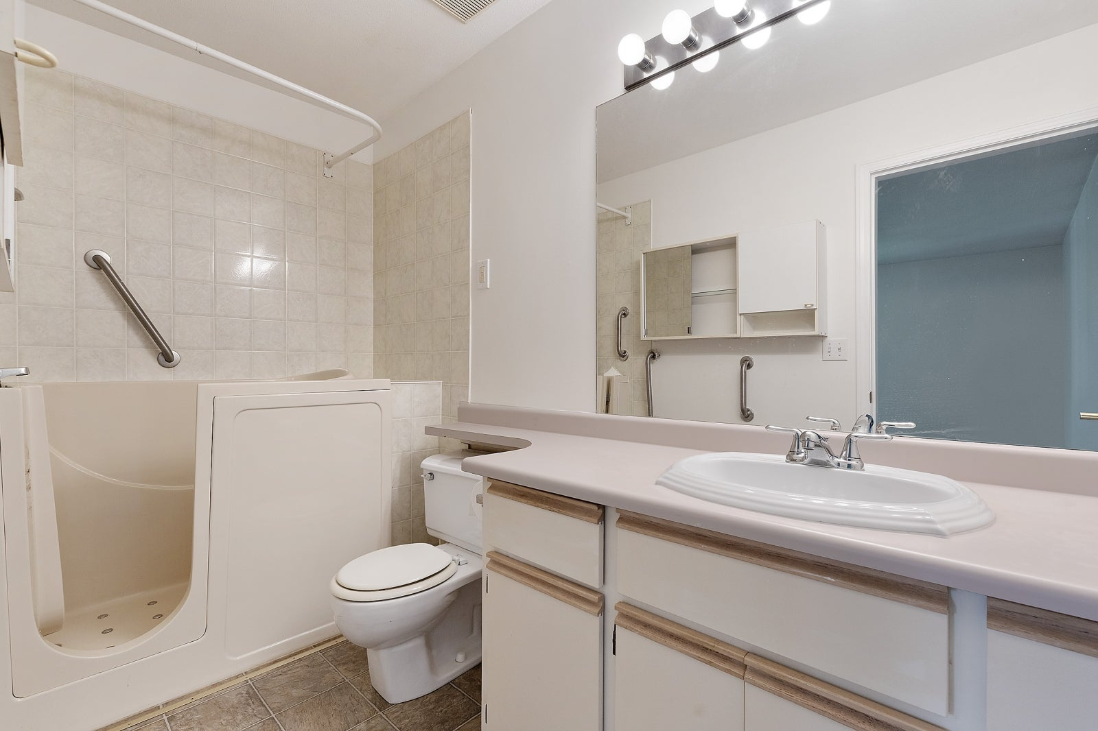 128 10172 141 STREET - Whalley Townhouse for sale, 2 Bedrooms (R2459213) #5