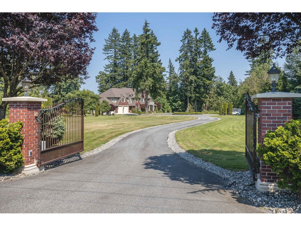 6750 272 STREET - County Line Glen Valley House with Acreage for sale, 6 Bedrooms (R2597983)