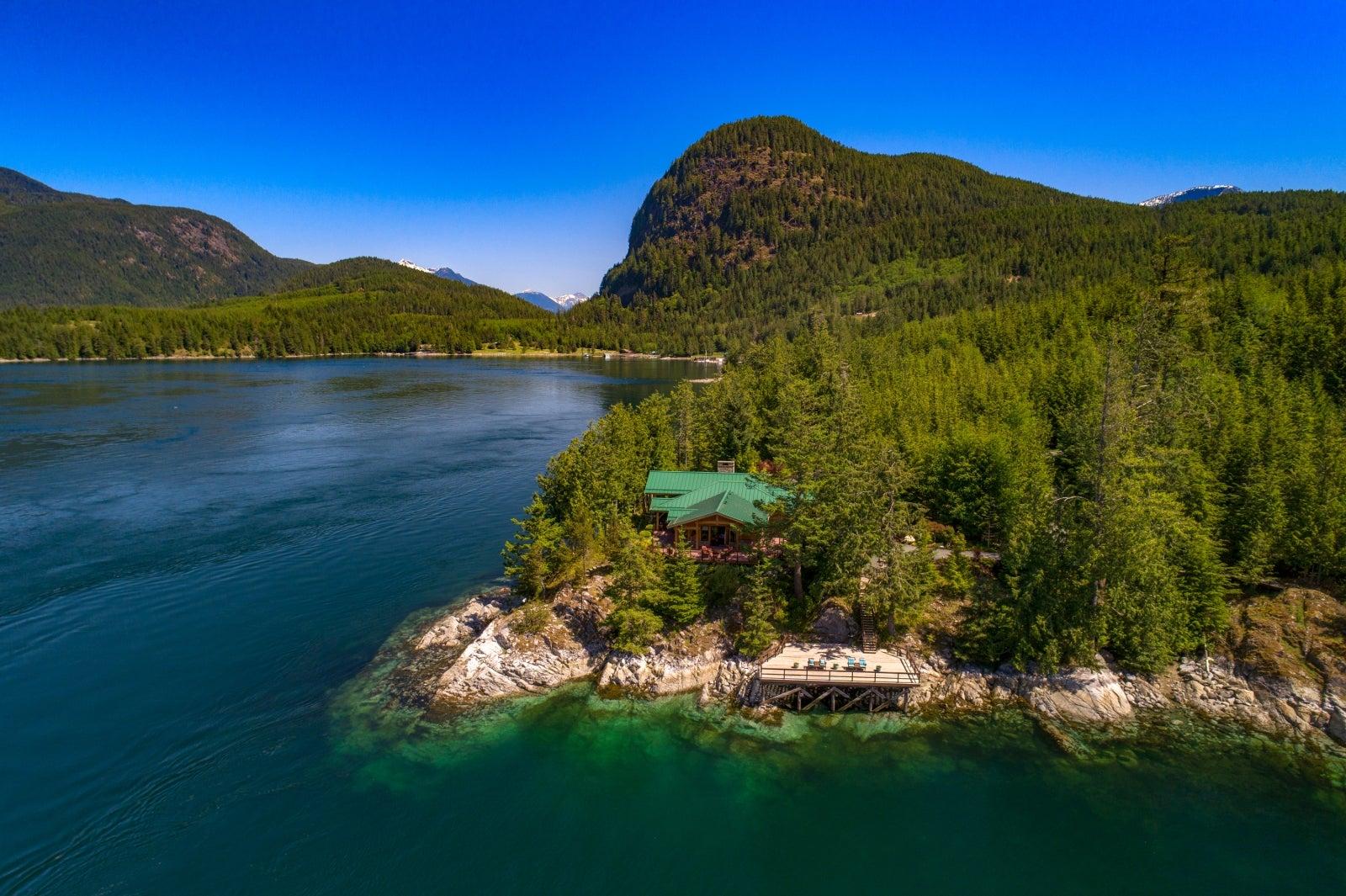 1 Stuart Island Real Estate Image
