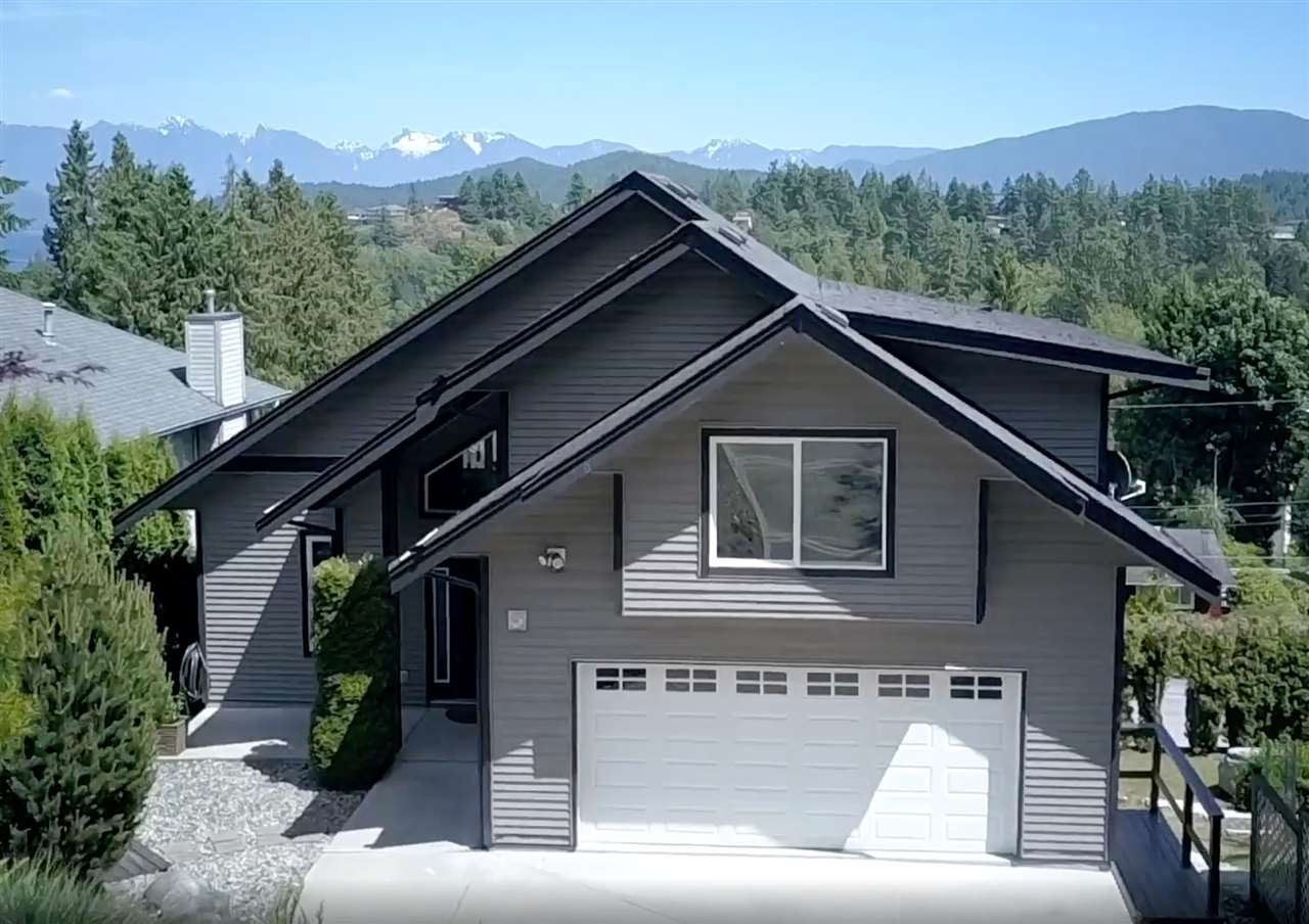 825 BAYVIEW HEIGHTS ROAD - Gibsons & Area House/Single Family for sale, 4 Bedrooms (R2580199)