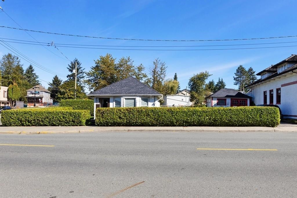 20605 MAPLE CRESCENT - Southwest Maple Ridge House/Single Family for sale, 2 Bedrooms (R2622277)
