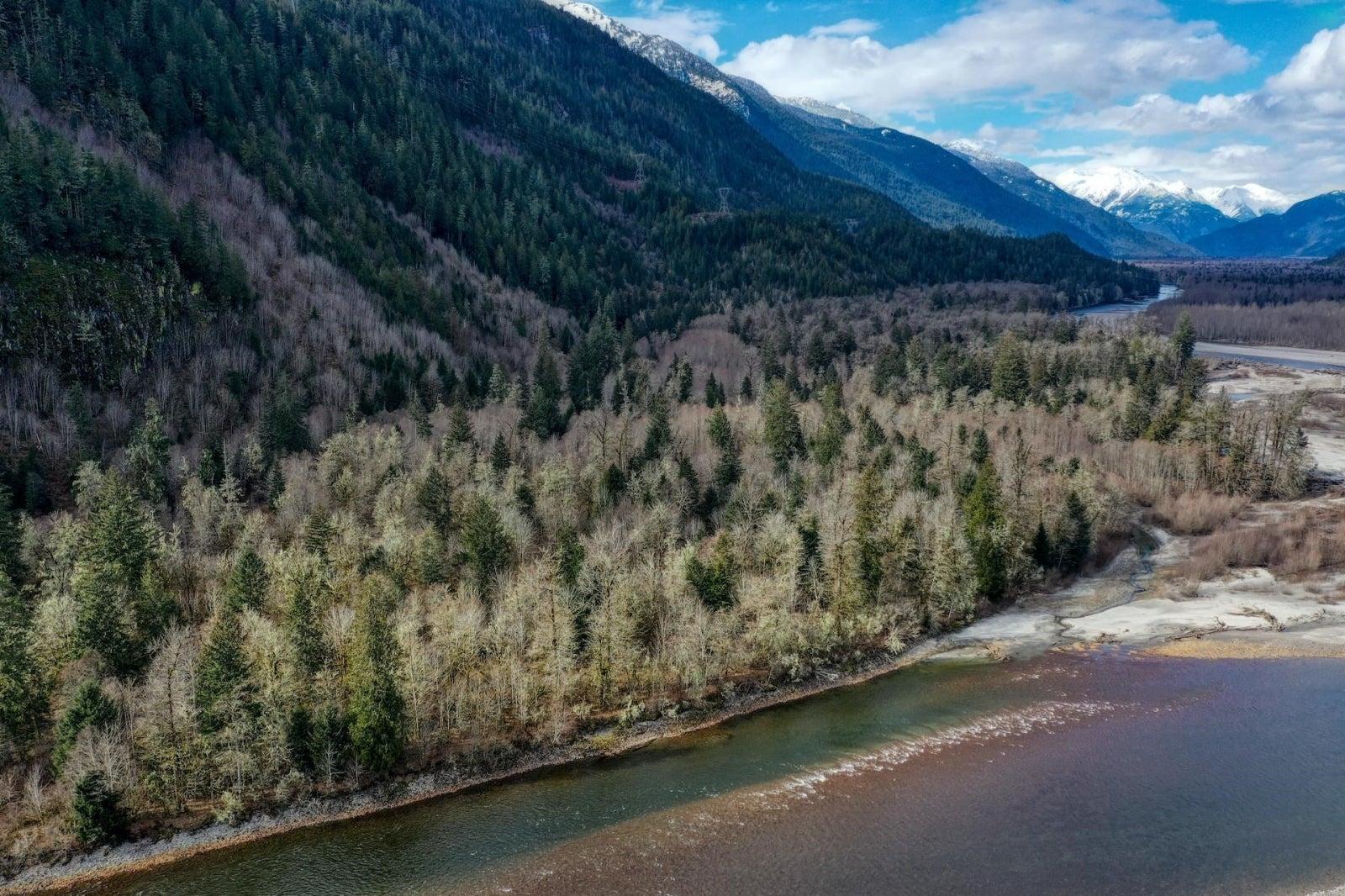 Lot A SQUAMISH ACREAGE ACRES - Squamish Rural for sale(R2621940)