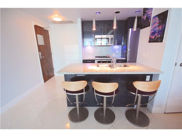 # 401 172 VICTORY SHIP WY - Lower Lonsdale Apartment/Condo for sale, 1 Bedroom (V1121631) #1