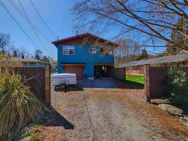 657 DOUGALL ROAD - Gibsons & Area House/Single Family for sale, 3 Bedrooms (R2152073)