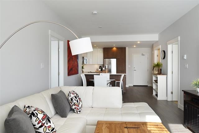401 875 GIBSONS WAY - Gibsons & Area Apartment/Condo for sale, 1 Bedroom (R2170875)