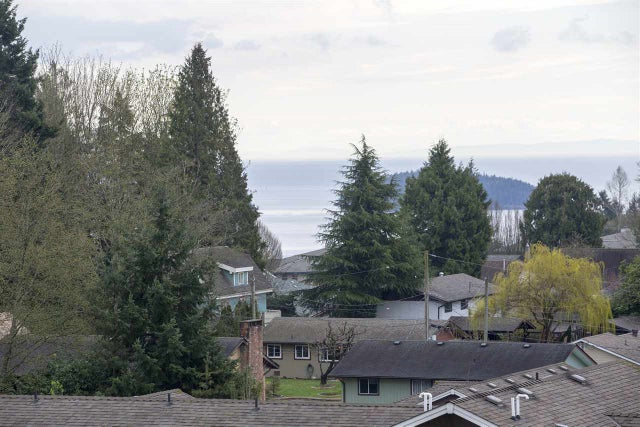 306 875 GIBSONS WAY - Gibsons & Area Apartment/Condo for sale, 2 Bedrooms (R2180246)