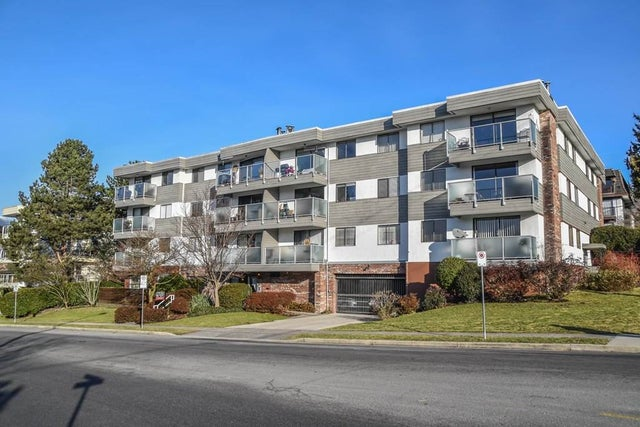 302 308 W 2ND STREET - Lower Lonsdale Apartment/Condo for sale, 2 Bedrooms (R2131283)