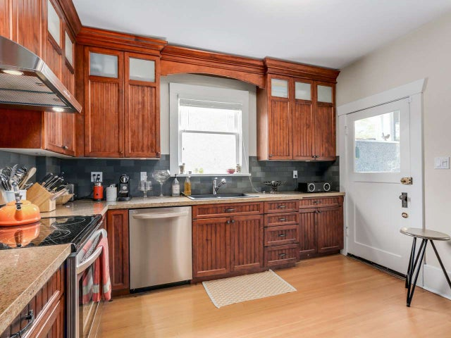 356 W 13TH AVENUE - Mount Pleasant VW House/Single Family for sale, 3 Bedrooms (R2145577) #6