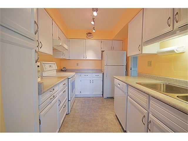 # 610 2101 MCMULLEN AV - Quilchena Apartment/Condo for sale, 1 Bedroom (V1023858) #8