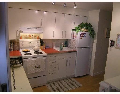 2840 W 11TH AV - Kitsilano House/Single Family for sale, 4 Bedrooms (V675711) #9