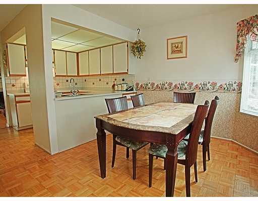 # 36 1195 FALCON DR - Eagle Ridge CQ Townhouse for sale, 3 Bedrooms (V709335) #2
