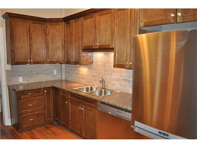 233 W 6TH AV - False Creek House/Single Family for sale, 3 Bedrooms (V841546) #8