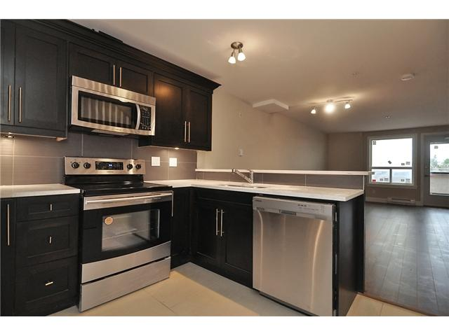 # 202 6665 MAIN ST - South Vancouver Apartment/Condo for sale, 2 Bedrooms (V877006) #1
