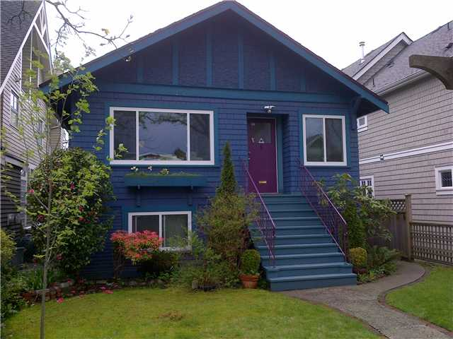 3250 W 6TH AV - Kitsilano House/Single Family for sale, 3 Bedrooms (V946378) #1