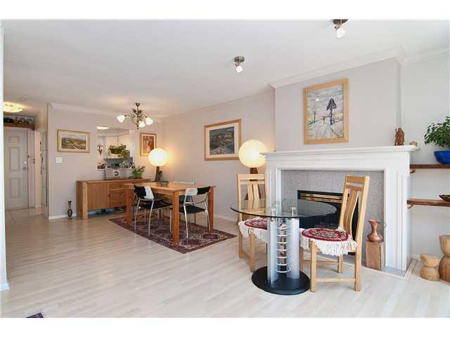 # 11 4238 BOND ST - Central Park BS Townhouse for sale, 3 Bedrooms (V962329) #5