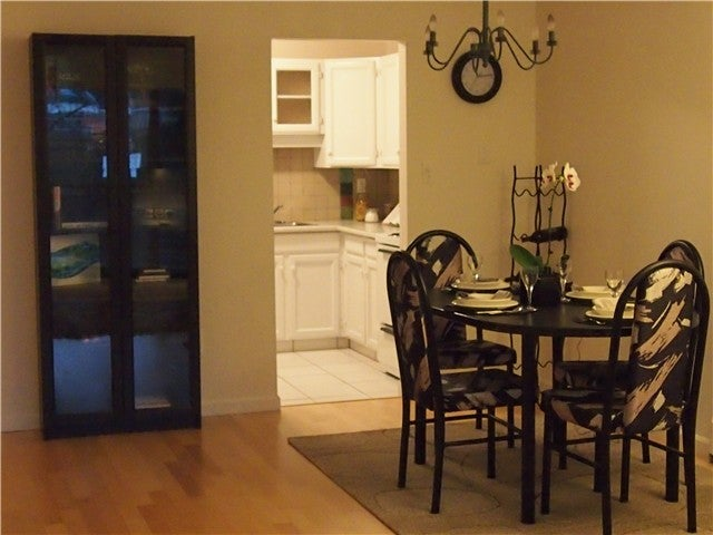 # 211 2475 YORK AV - Kitsilano Apartment/Condo for sale, 1 Bedroom (V981023) #4