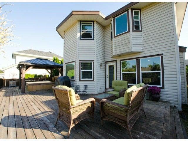 15495 111A AV - Fraser Heights House/Single Family for sale, 4 Bedrooms (F1429599) #15