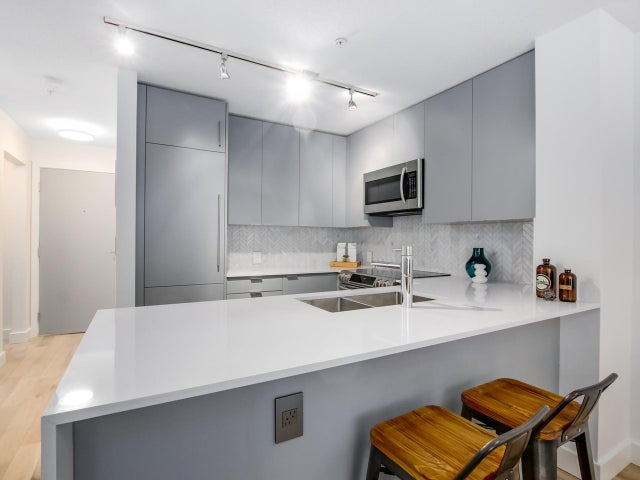 404 124 W 3RD STREET - Lower Lonsdale Apartment/Condo for sale, 2 Bedrooms (R2084084) #10