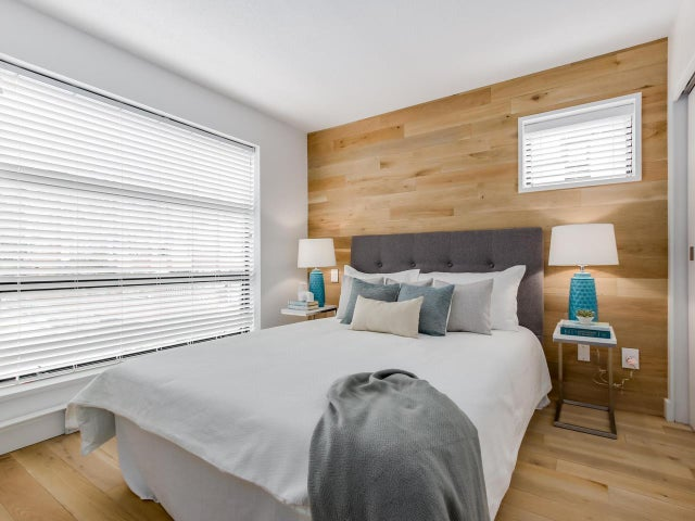 404 124 W 3RD STREET - Lower Lonsdale Apartment/Condo for sale, 2 Bedrooms (R2084084) #11