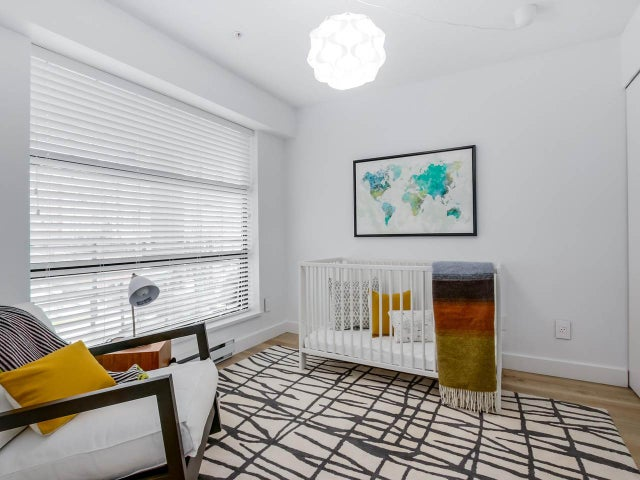 404 124 W 3RD STREET - Lower Lonsdale Apartment/Condo for sale, 2 Bedrooms (R2084084) #13