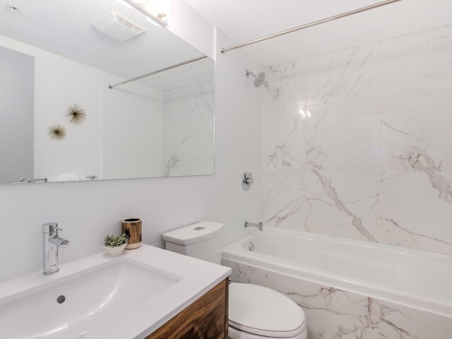 404 124 W 3RD STREET - Lower Lonsdale Apartment/Condo for sale, 2 Bedrooms (R2084084) #14