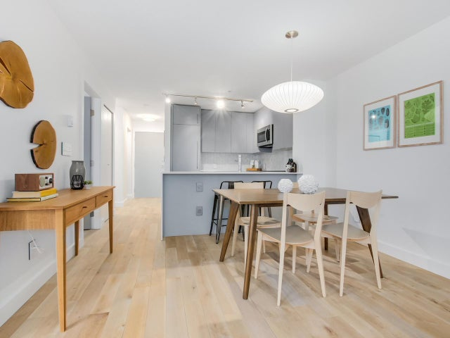 404 124 W 3RD STREET - Lower Lonsdale Apartment/Condo for sale, 2 Bedrooms (R2084084) #6