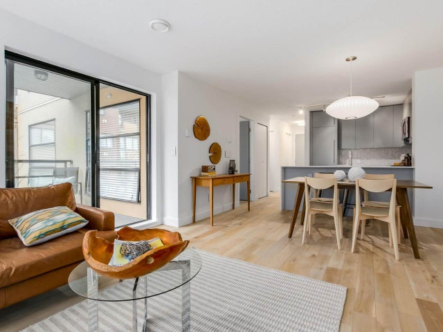 404 124 W 3RD STREET - Lower Lonsdale Apartment/Condo for sale, 2 Bedrooms (R2084084) #8