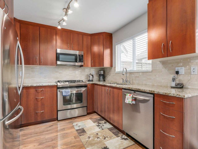 3 245 E 5TH STREET - Lower Lonsdale Townhouse for sale, 3 Bedrooms (R2100357) #2