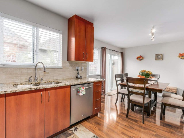 3 245 E 5TH STREET - Lower Lonsdale Townhouse for sale, 3 Bedrooms (R2100357) #3